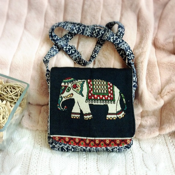 Green Cute Thai Elephant Fabric Shoulder Bag Purse Cross Body Wallet Fabric Zip